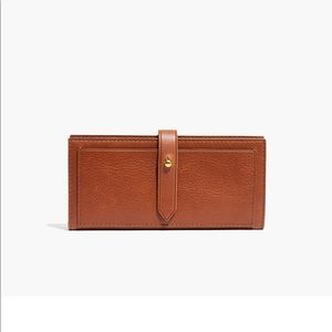 Madewell The Post Wallet in English Saddle